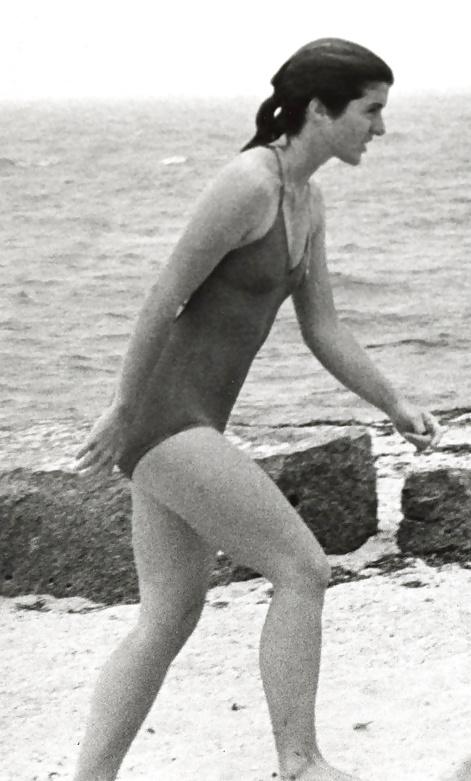 Jackie Kennedy Nudes 1976 - 21 Pics - Xhamstercom-4418
