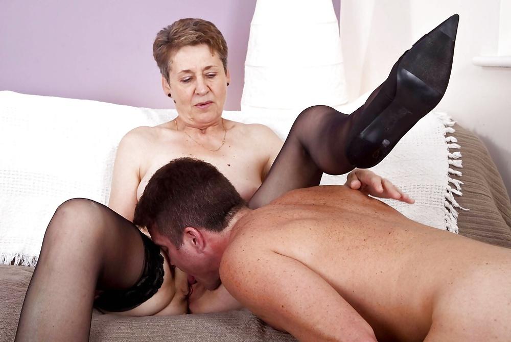 Lick mature porn