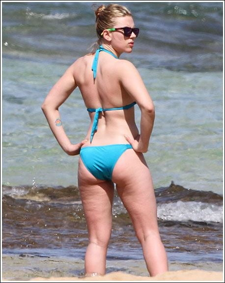 Scarlett johansson bikini photos-4121