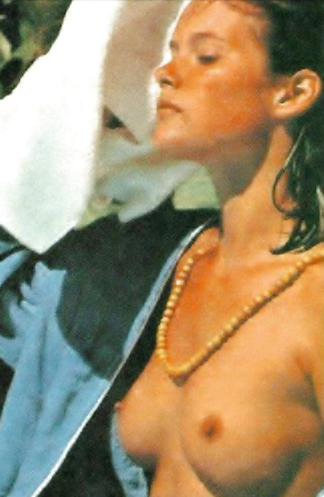 Carey lowell nude pics