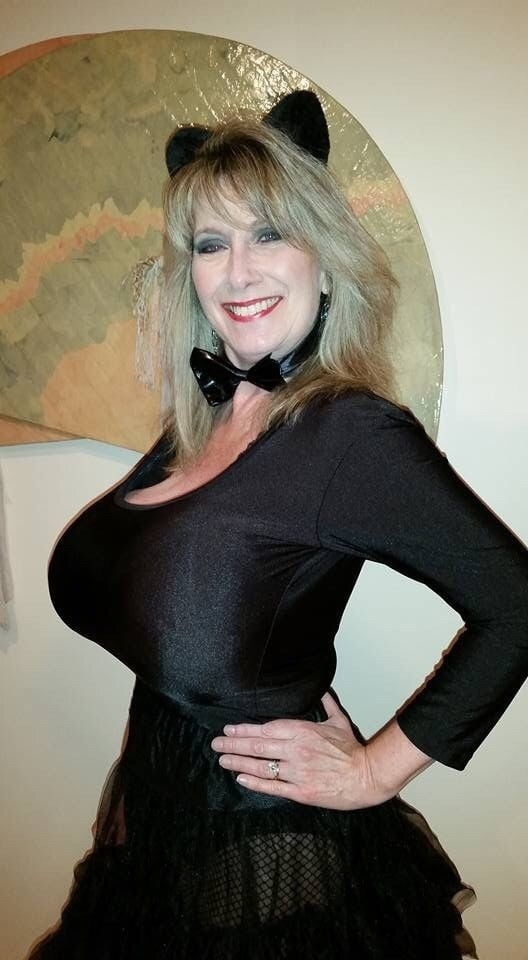 Busty photos of nancy quill — pic 15
