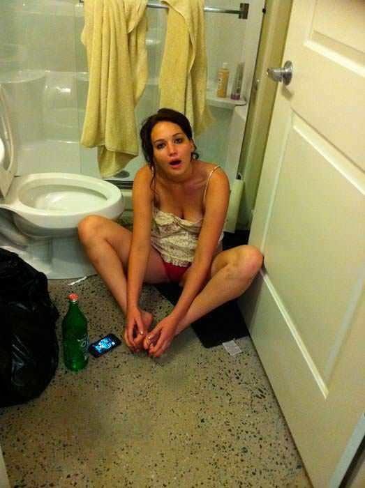 Jennifer lawrence on nude photos-4822