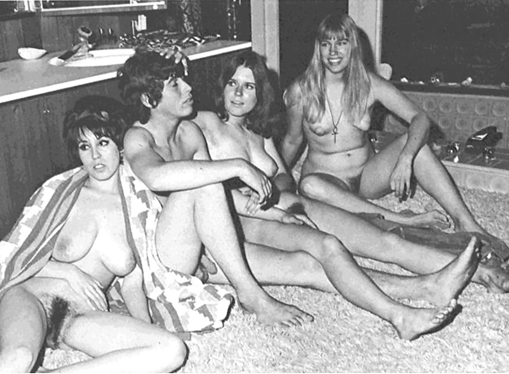 Groups Of Naked People - Vintage Edition - Vol. 5 - 25 Pics - xHamster.com