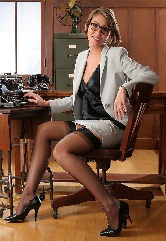 Sexy secretary galleries