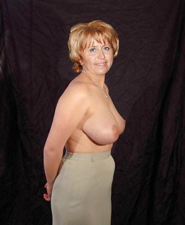 Sexy mature big tits-7074