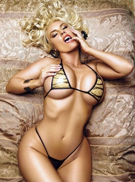 Beautiful nude busty