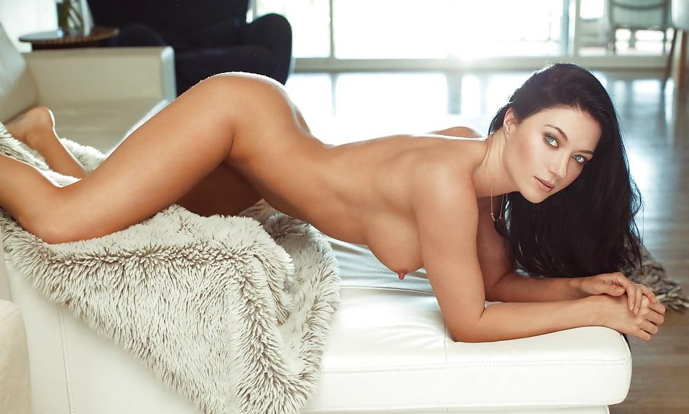 Glamour Girls And Playboy Amateurs Elena Romanova Nude Pervmom 1