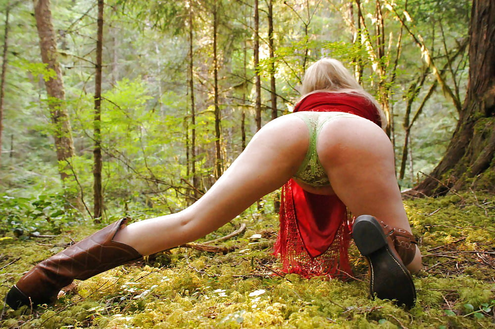секс показ в лесу - 5