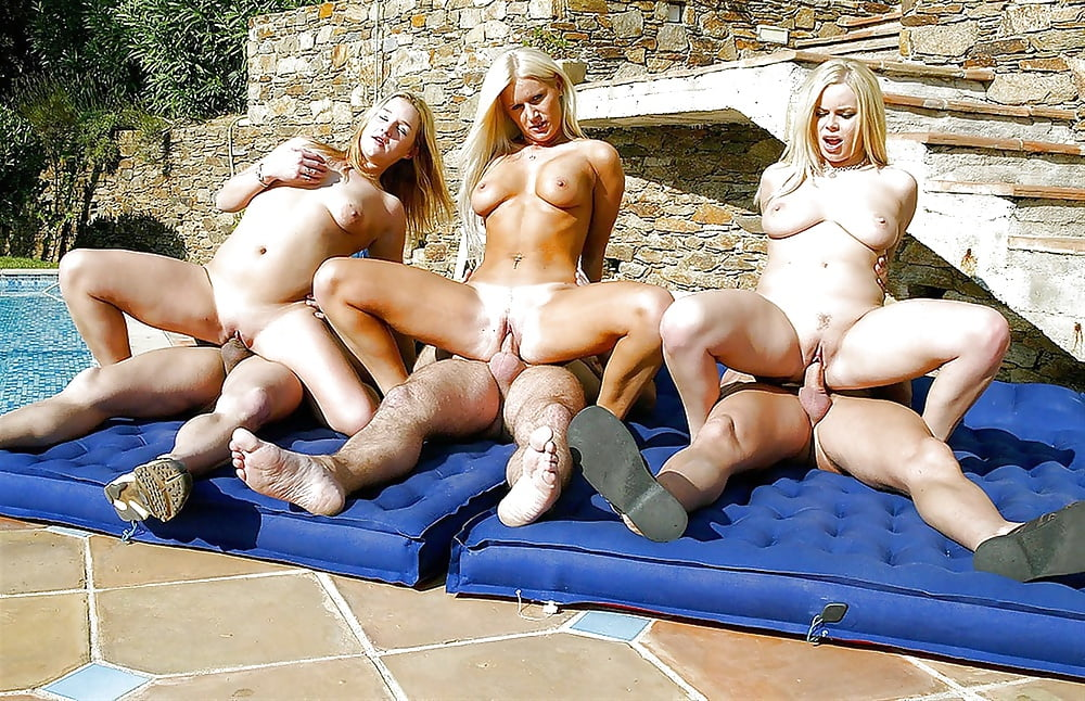 Warm naked horny females