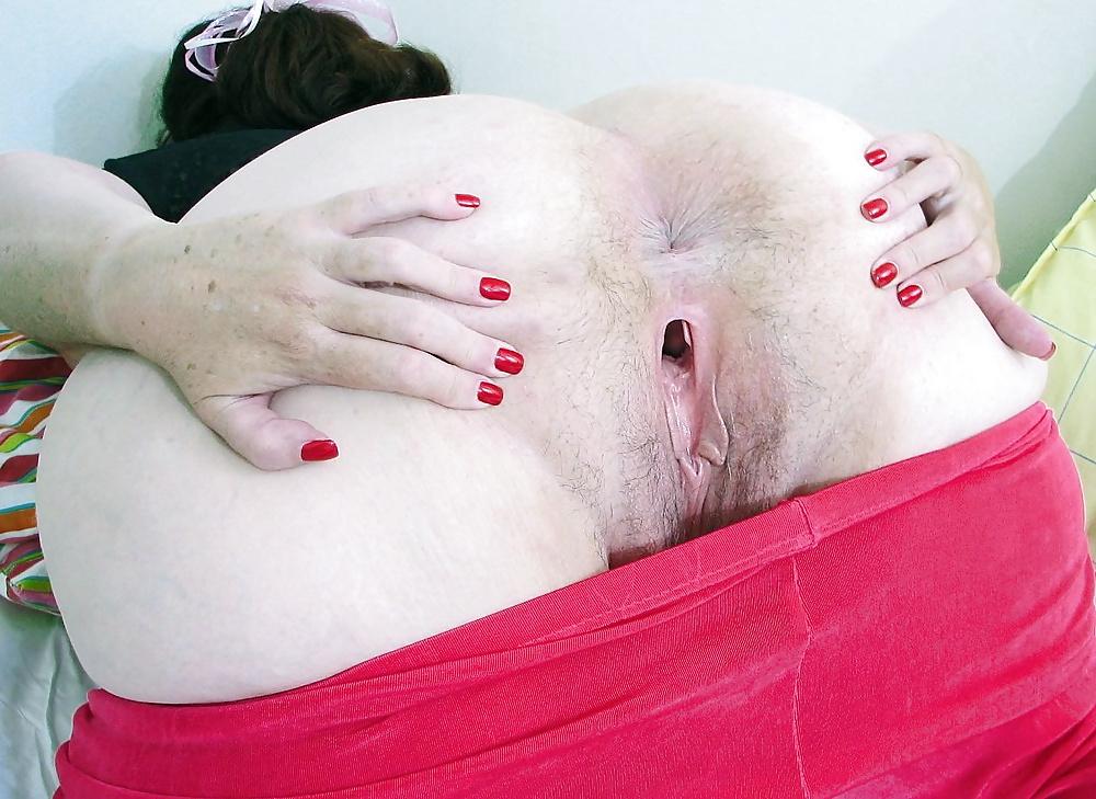 Жирная баба демонстрирует анус крупный план онлайн 3