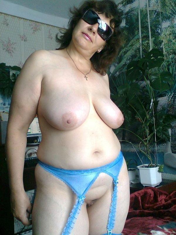 Баба ягодка опять голые