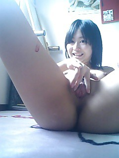 japanese girl selfshots