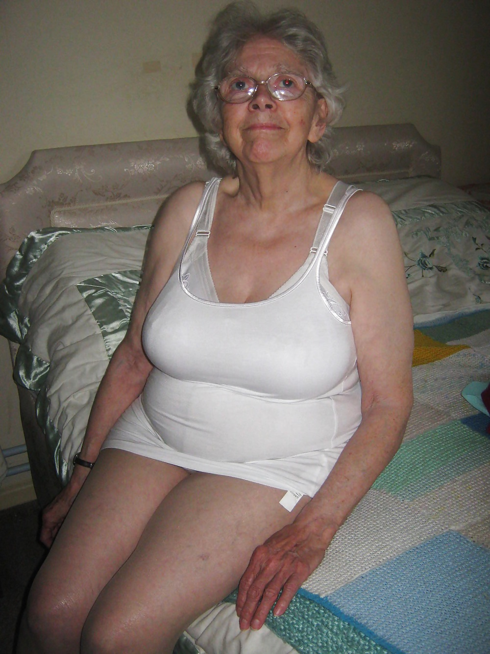 Sheila 80 Year Old Slut Granny From Uk - 18 Pics  Xhamster-9705