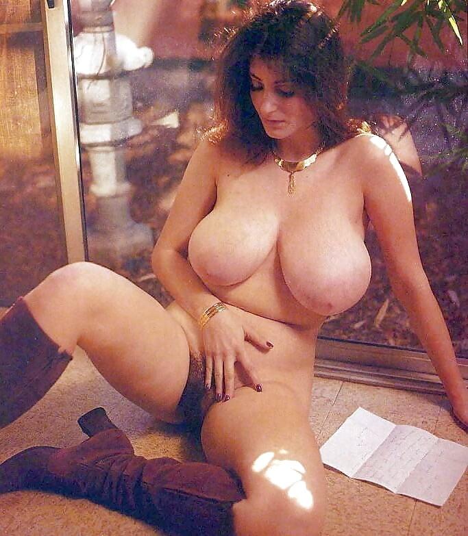 Darlene love nude tits, british couple sex