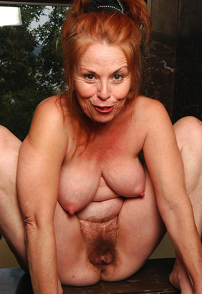 Saggy Granny Pussy