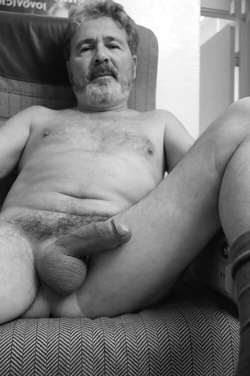 Free mature man picture — img 15