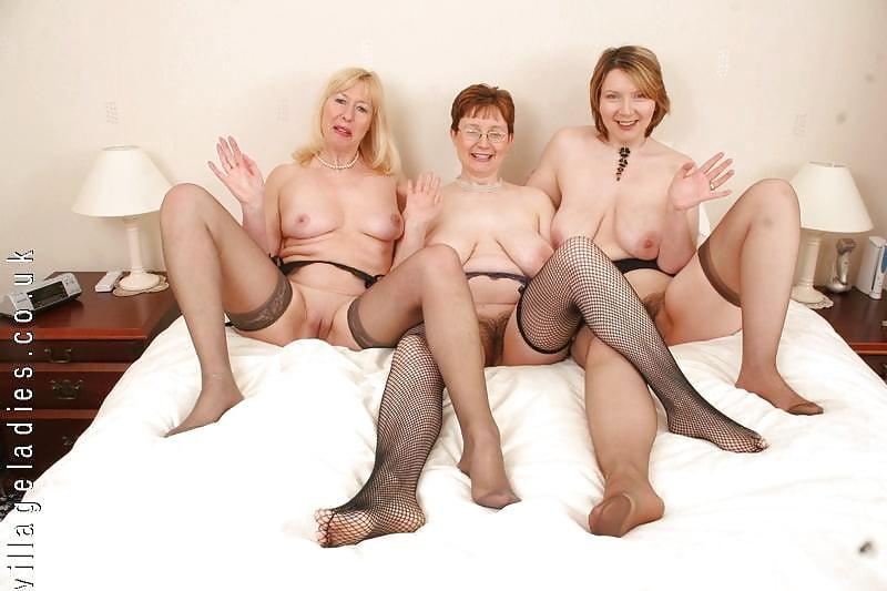 Chubby British Mature Lady Perverse Family 1