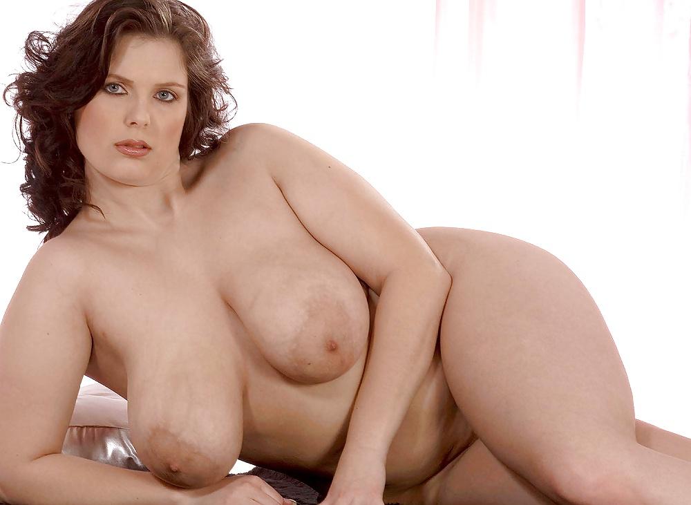 plus-sized-porn-models-chick-asshole