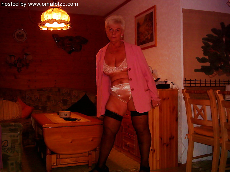 Homemade mature naked-6732