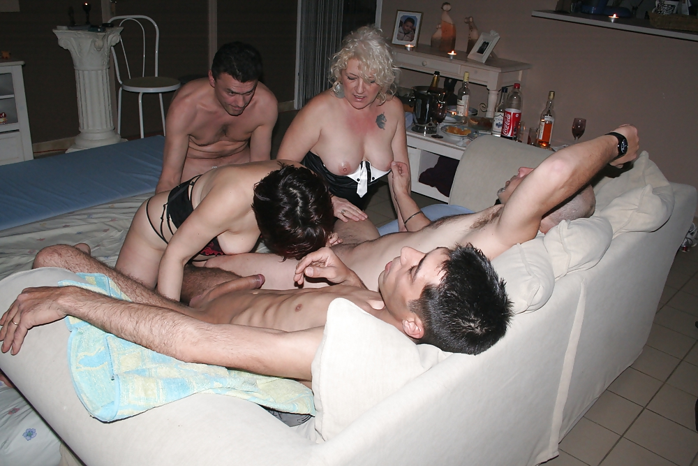 Adult Swinger Pictures