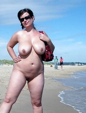 Bikini Chubby Mature Nude Pics Pics
