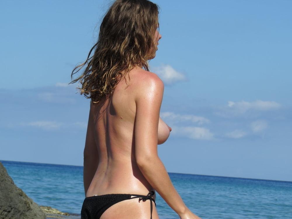 Once Again We Bring You Slutty Celeb Jennifer Love Hewitt Topless Big Boobs Celebrities
