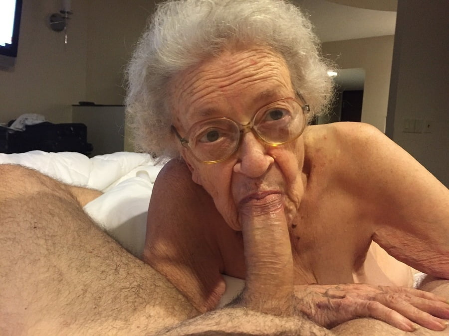 Indian old man fuck with mom