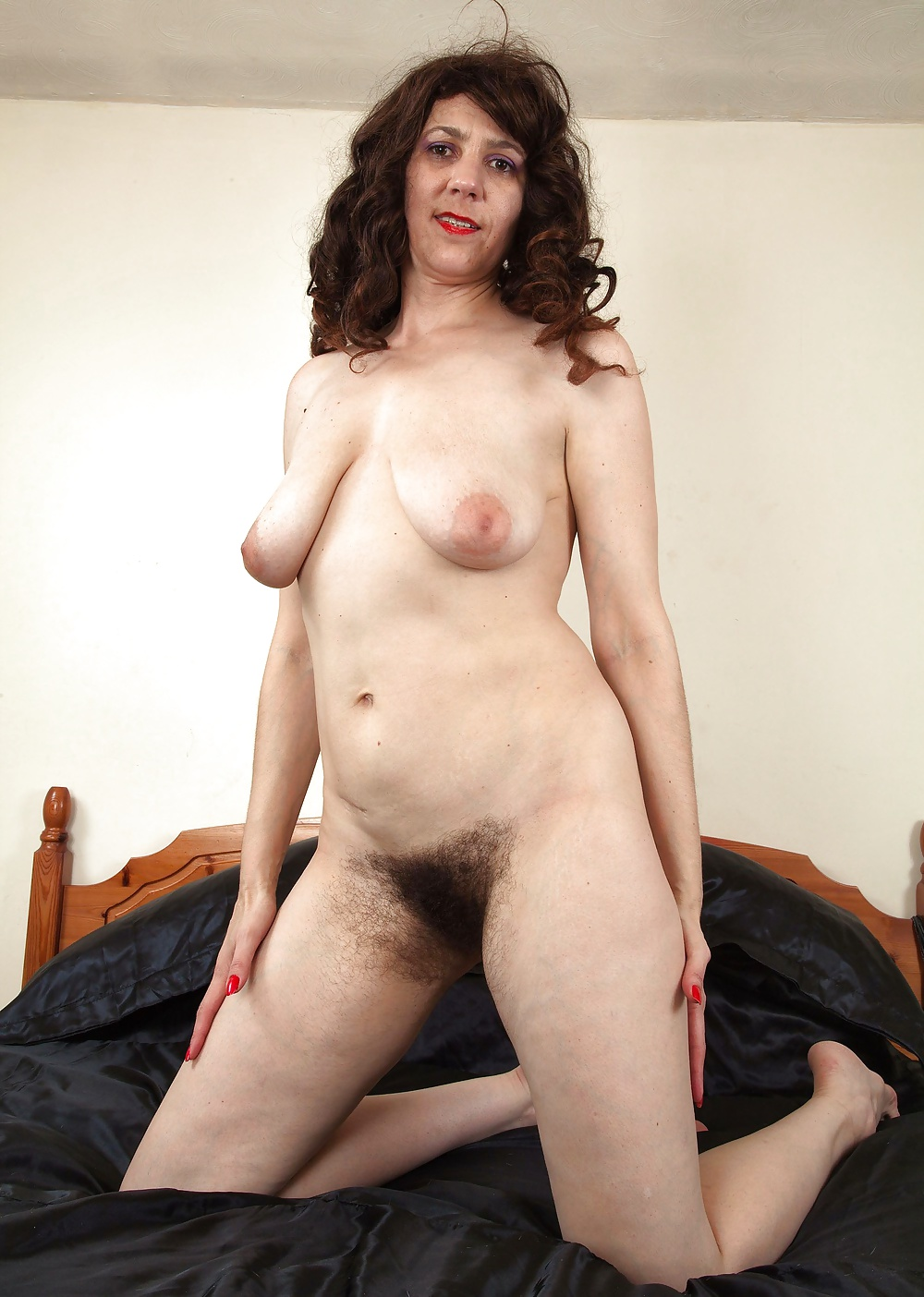 Very hairy mature video-2703