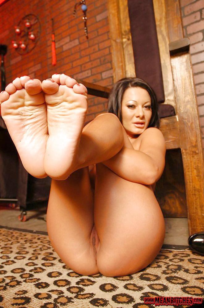 nude-pornstars-feet