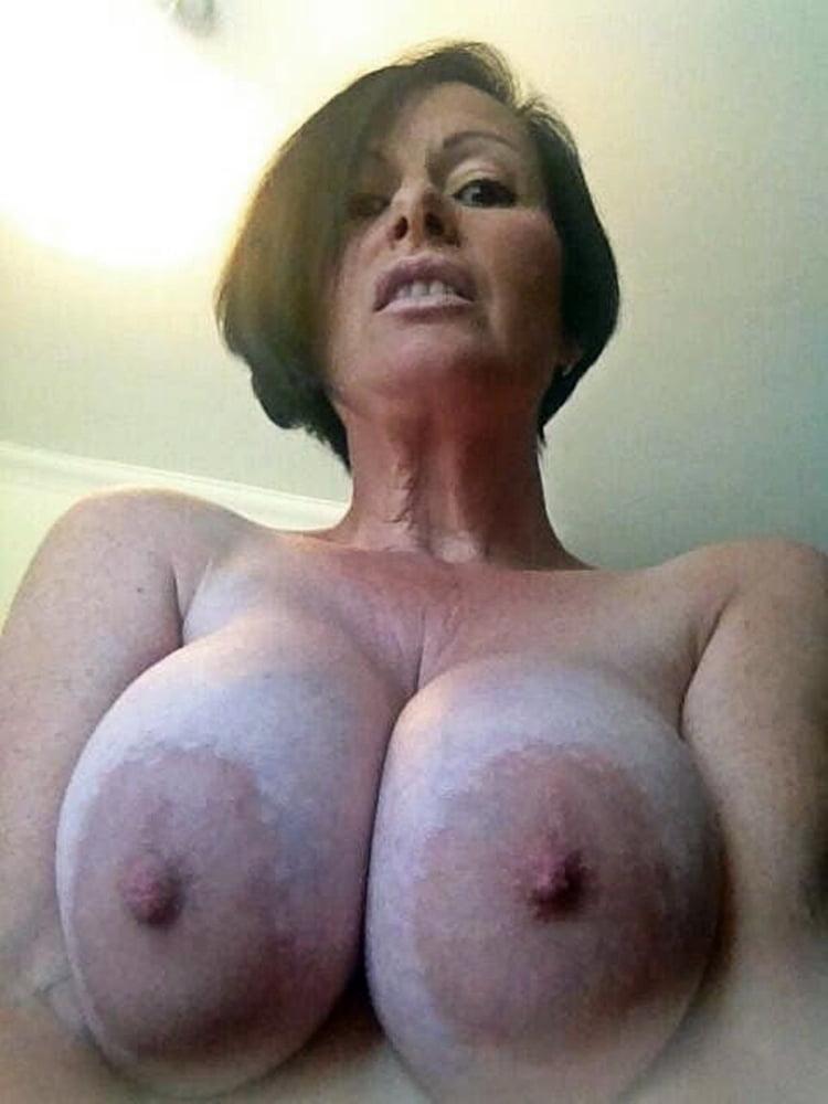 Erotic babe vids
