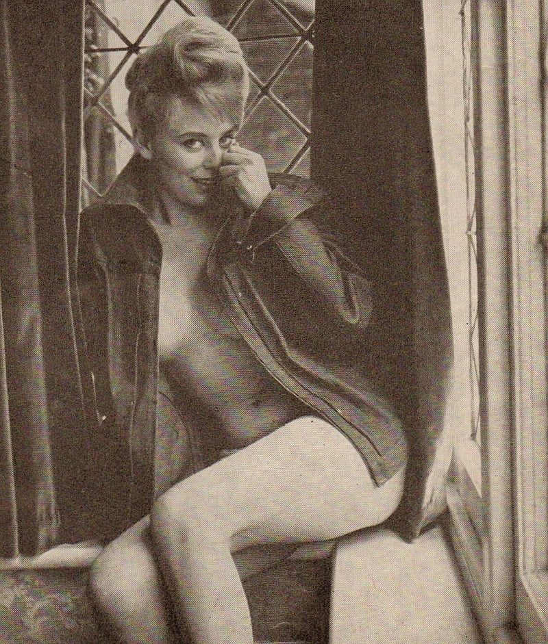 Christine Carter - 23 Pics