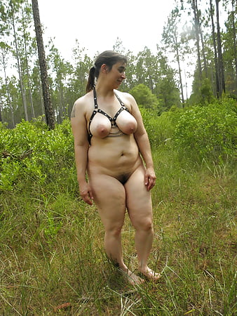 sexy mature milfs naked outdoors