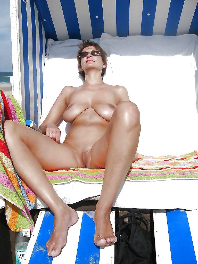 Komplett Nackt