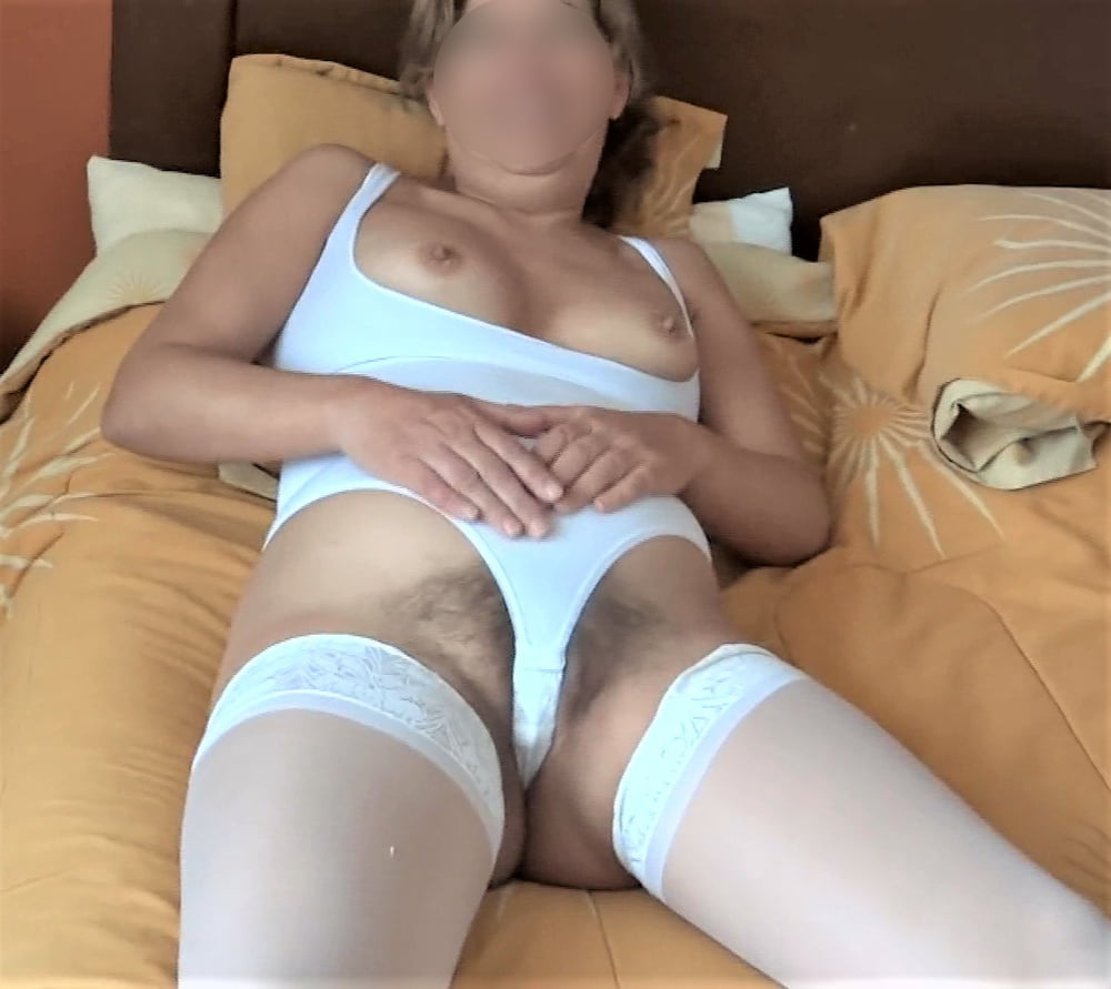 My latin wife, watch her videos too - 65 Pics