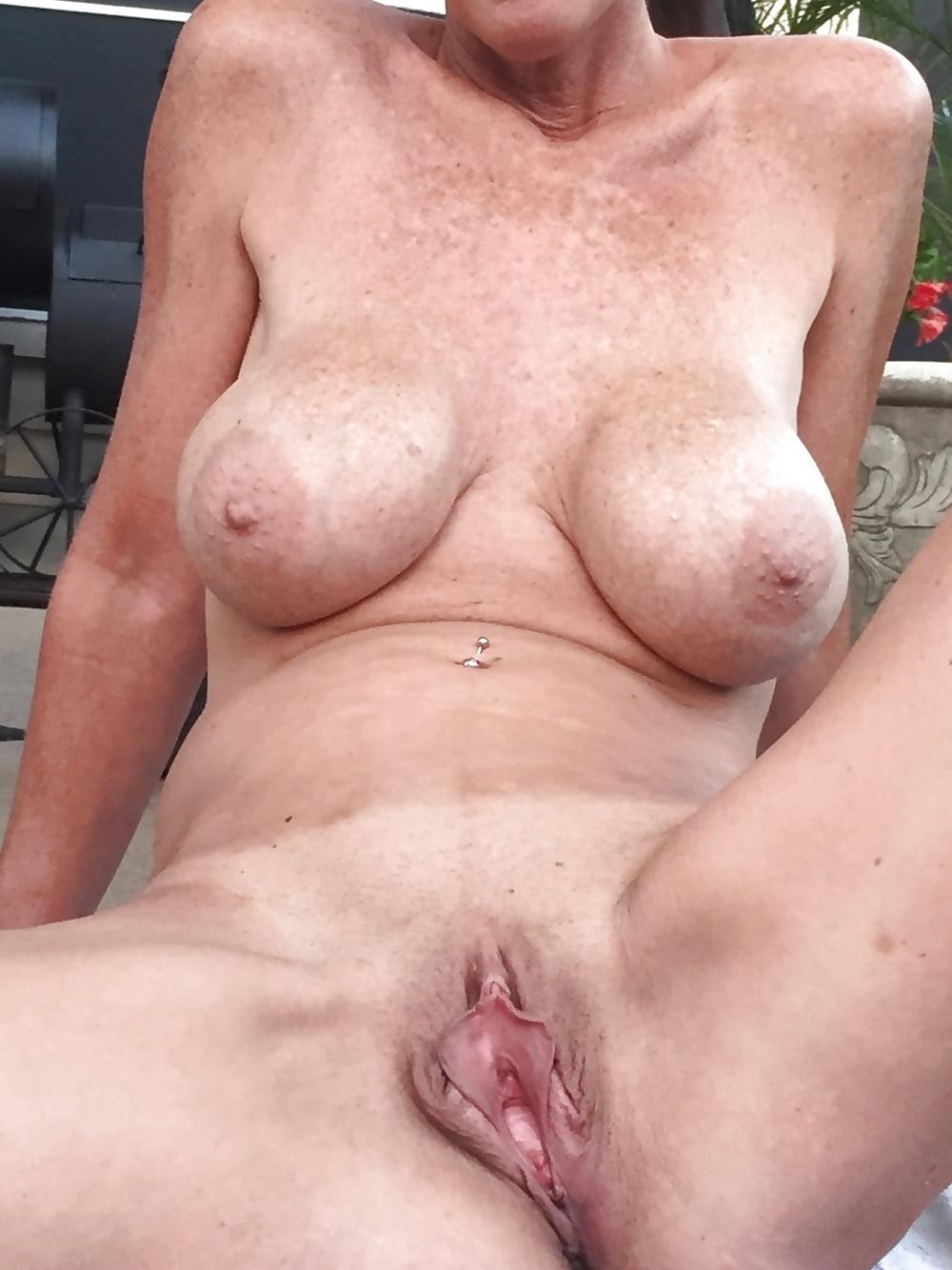 Руки анале позы для зрелых с широкой вагиной хуищи трансов
