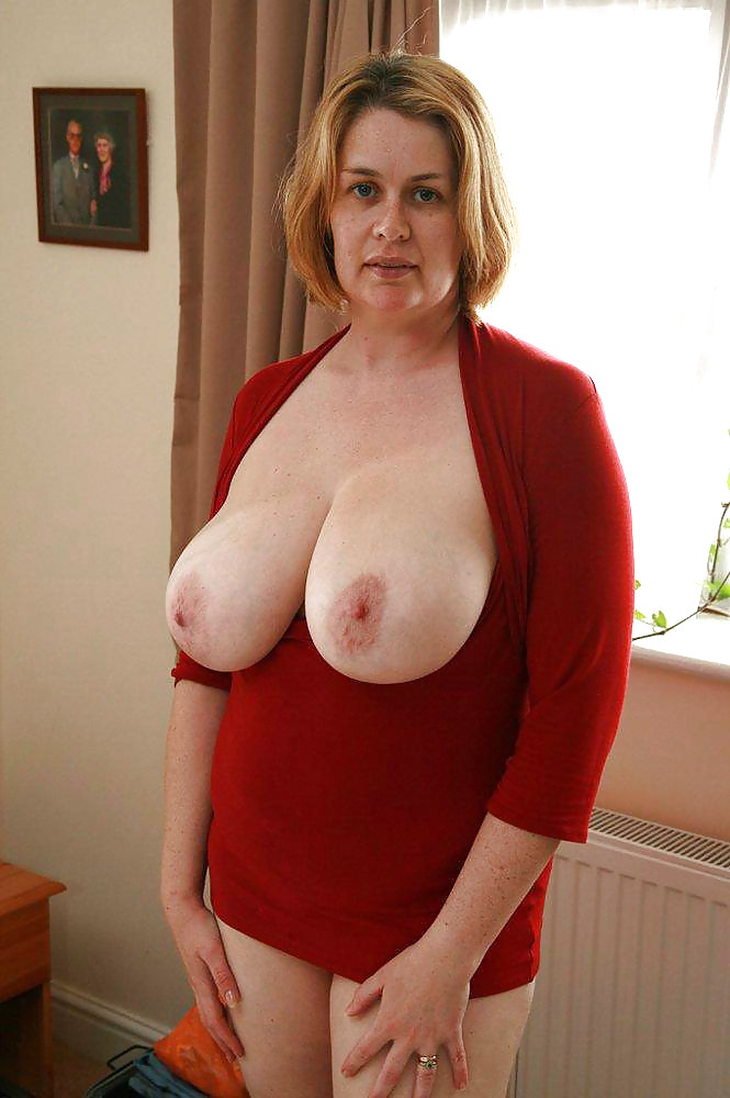 Big natural tits mature blonde