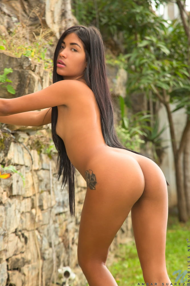 Hot latin girls and naked women photos