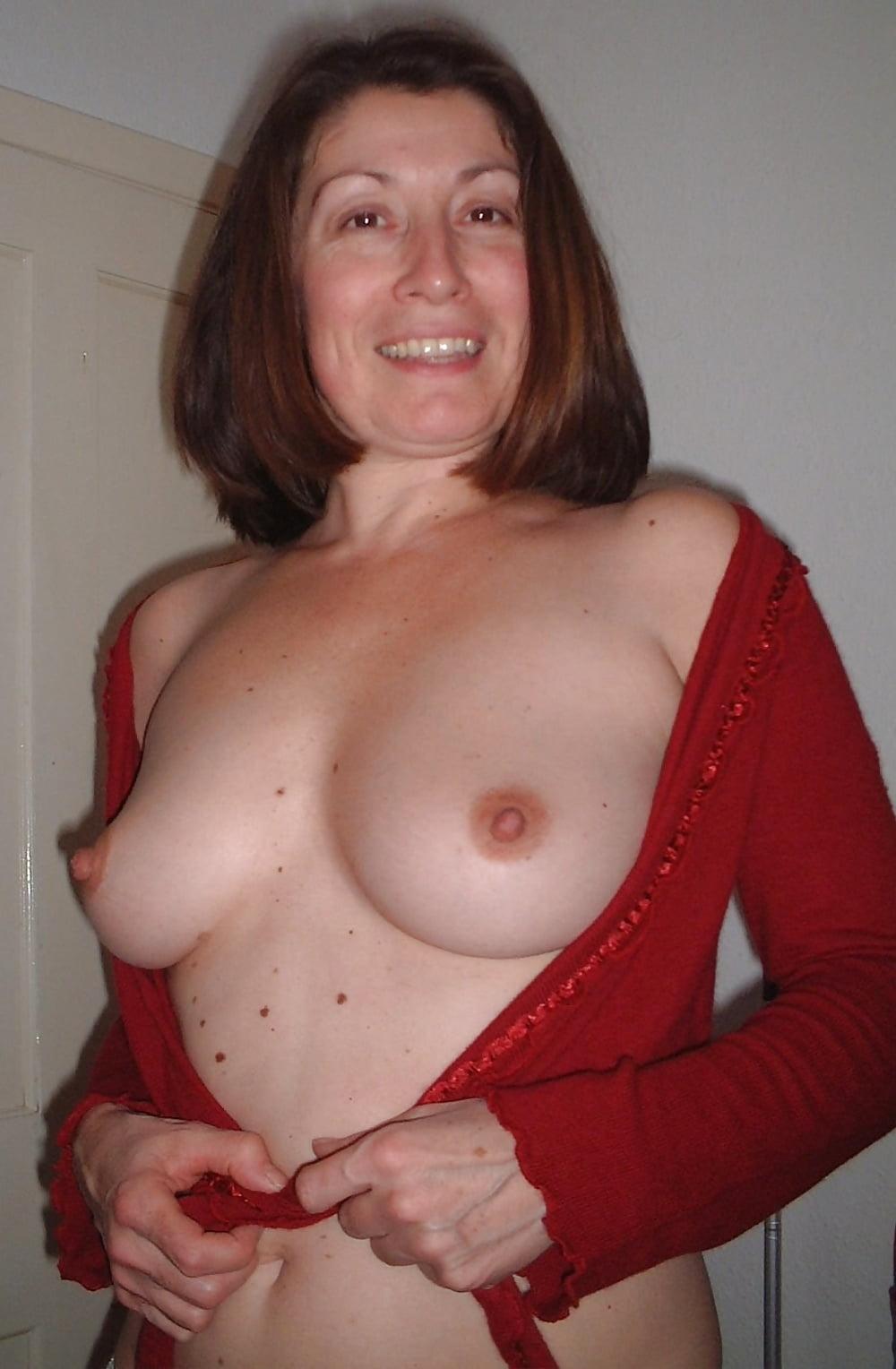 Self naked amatuer milf hard nipples nude outside gianna