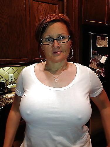 Fee threesome porn videos