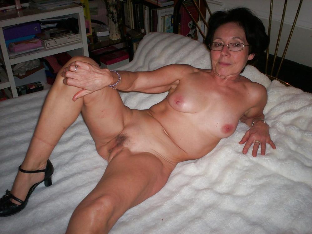 Natural mature women pics-4393