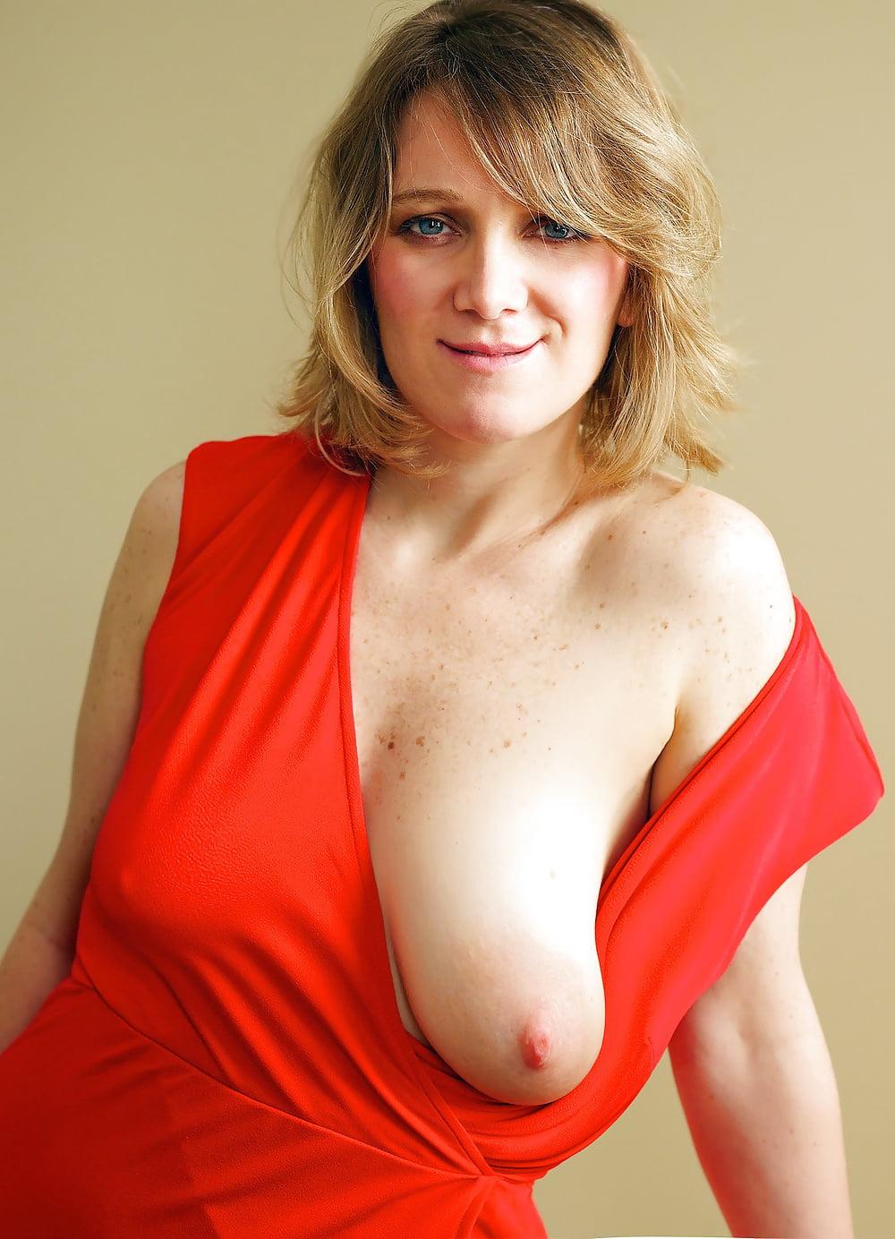 Floppy Saggy Puffy Nipples Braless 7 - 21 Pics  Xhamster-7495