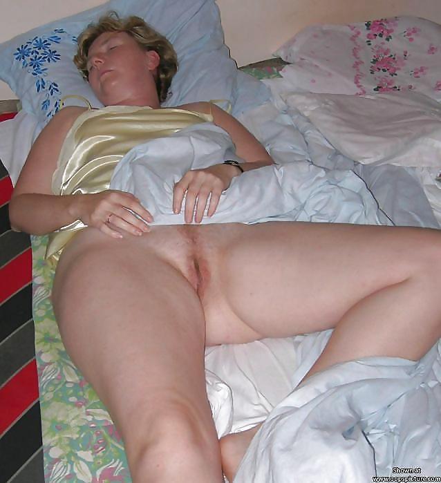 mexican-fuck-sleeping-grannies-hayek-bare