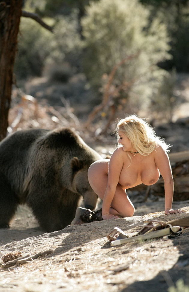 Naked female love bear 5