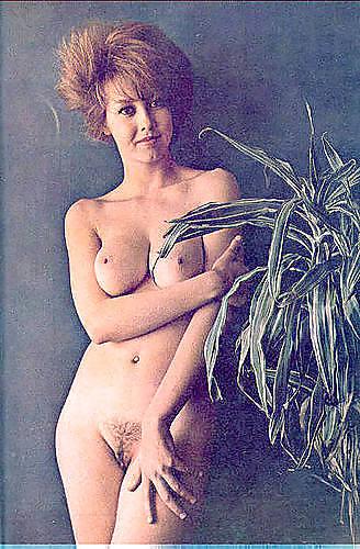 Gaby Ryke Aka Paula Challenger, Karen Kumar - 16 Pics -2218