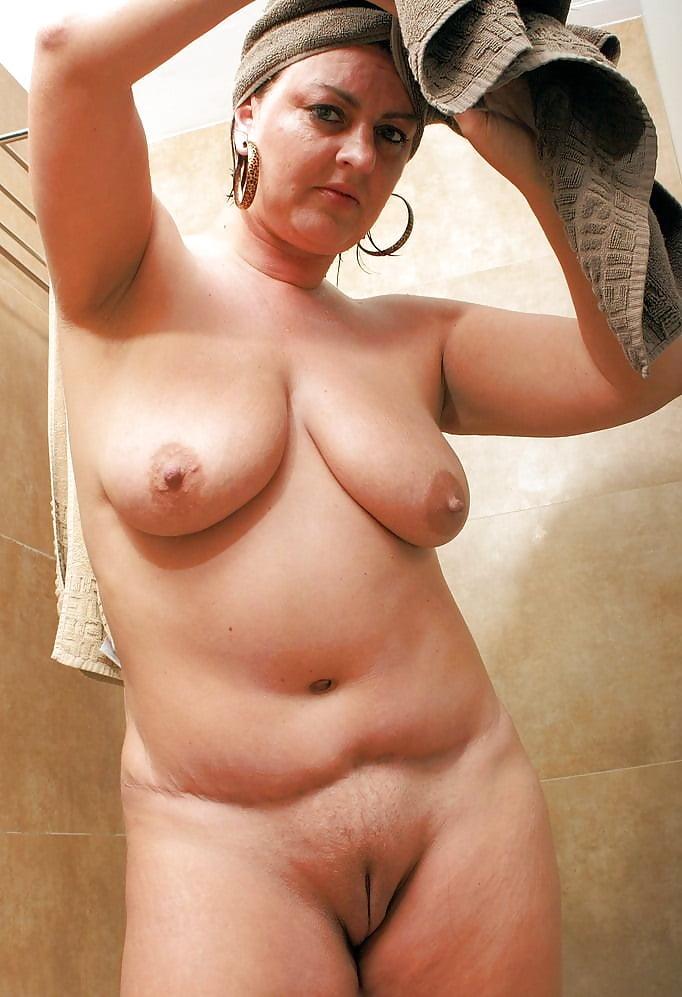 Zac curvy mature nude galleries photos guys