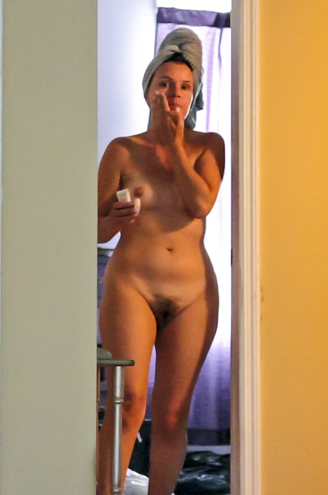 Unaware Of Spy Camera, Hot Milf Is Naked For All To See