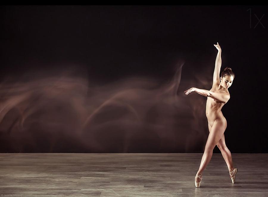 Foto naked ballet sek — pic 3