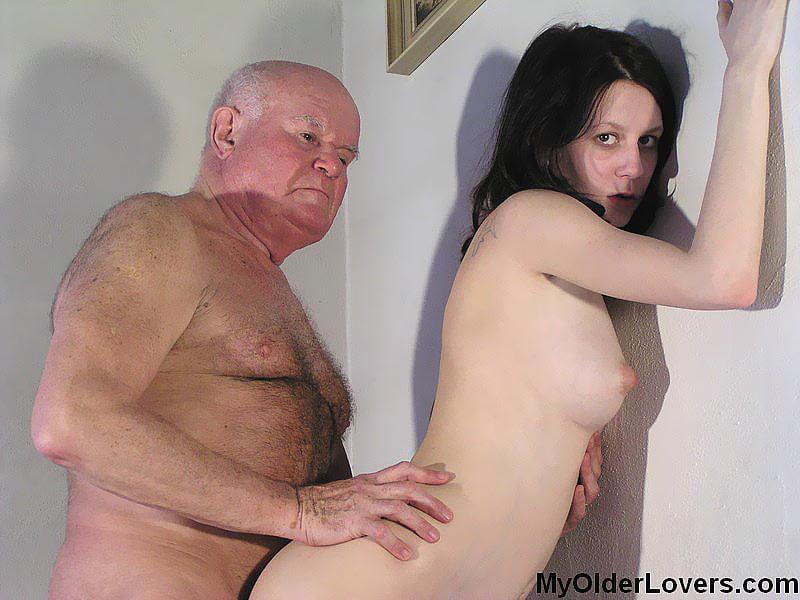 black-chicks-and-old-men-russian-xxxgifs