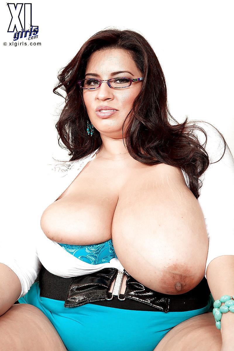 sofia-rose-big-boobs-huge-black-balls