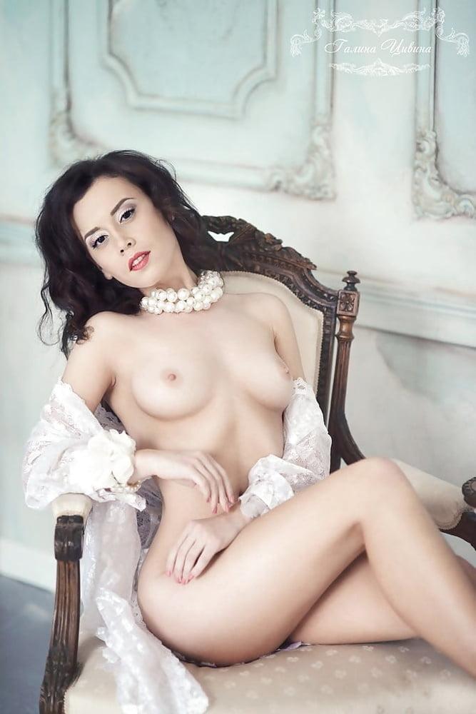 Cougar sexy nude
